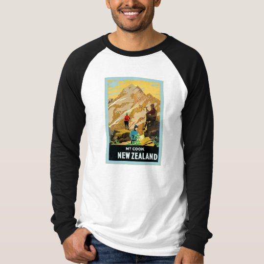New Zealand ~ Mount Cook ~ Vintage Travel T-Shirt