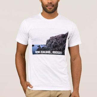 New Zealand... Rocks!!! T-Shirt