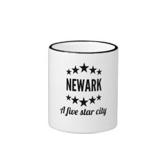 Newark cinco Star City Taza A Dos Colores