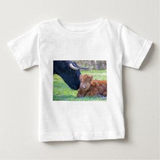 Newborn scottish highlander calf with mother cow baby T-Shirt