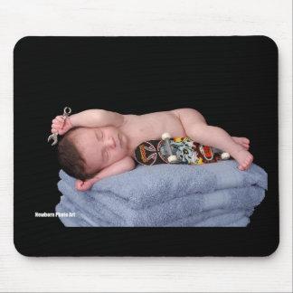 Newborn Skateboard Baby Mouse Pad