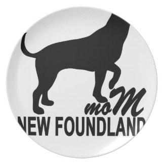 Newfoundland Mom T-Shirts.png Melamine Plate