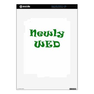 Newly Wed iPad 2 Skin