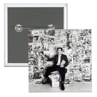 Newspaper salesman, c.1960 pinback button