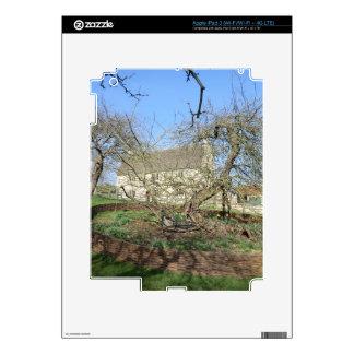 Newton's Tree at Woolthorpe Manor Skins For iPad 3