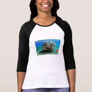 neytral buoyancy turtle / scuba humor T-Shirt