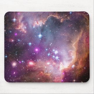 NGC 602: Cúmulo de estrellas, pequeña nube de Mage Tapete De Ratón