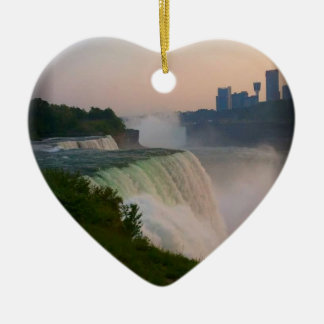 Niagara Falls Adorno Navideño De Cerámica En Forma De Corazón