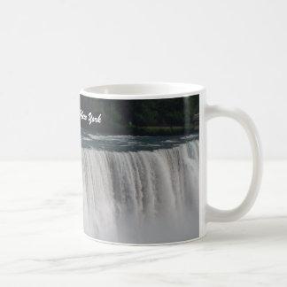 Niagara Falls, New York Travel Mug