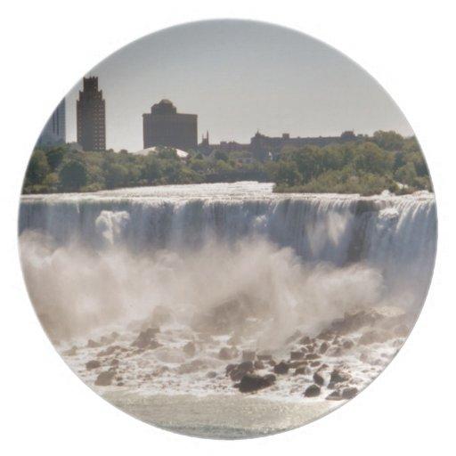 Niagara Falls Platos Para Fiestas