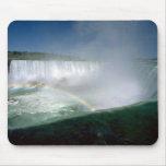 Niagara Falls y criada de la niebla, Nueva York, l Alfombrilla De Ratones