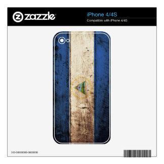 Nicaragua Flag on Old Wood Grain iPhone 4S Skin