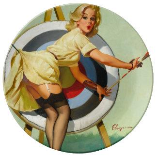 Nice Archery Shot - Retro Pin Up Girl Dinner Plate