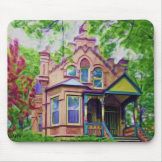 Nice Old House Mouse Pad