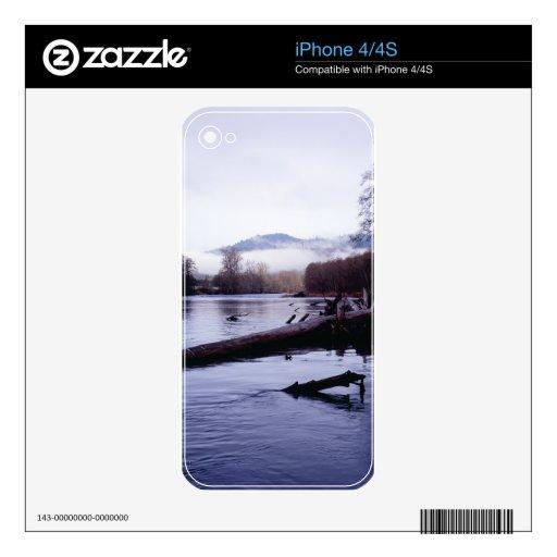 """""""Niebla de McKenzie """" iPhone 4S Skins"""