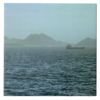 Niebla del mar de la mañana azulejo cuadrado grande