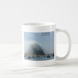 Niebla del MB bahía de Morro conde de CAby Barba Tazas De Café