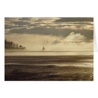 Nieblas de la isla de la navegación tarjeta de felicitación