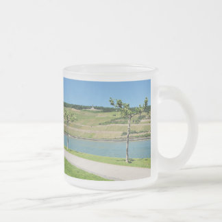 Niederwalddenkmal with coarse home on the Rhine Frosted Glass Coffee Mug