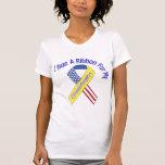 Nieta - llevo un patriótico militar de la cinta camisetas