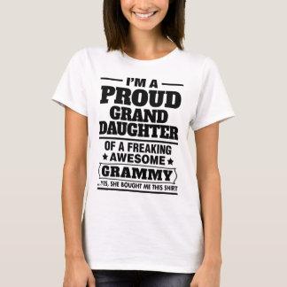 Nieta orgullosa de A Freaking Grammy impresionante Playera