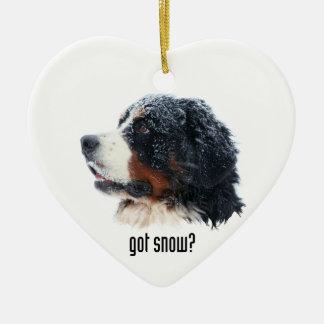 ¿nieve conseguida? Perro de montaña de Bernese Adorno Navideño De Cerámica En Forma De Corazón
