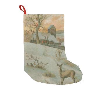 Nieve de la iglesia de los ciervos del campo del calcetín navideño pequeño
