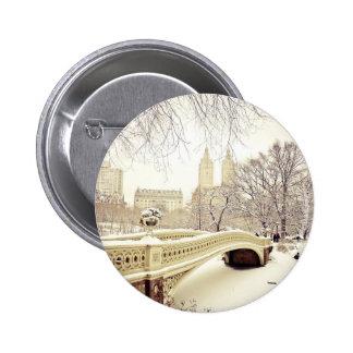 Nieve del Central Park - invierno Nueva York Pin Redondo De 2 Pulgadas