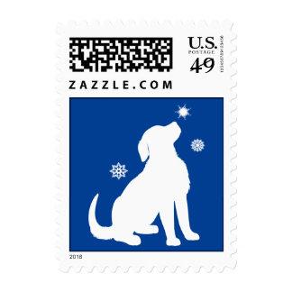 Nieve del perrito del golden retriever sello postal