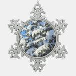 Nieve en árboles imperecederos