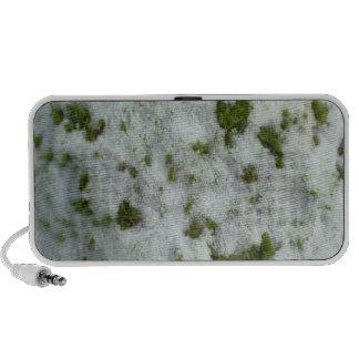 Nieve en hierba notebook altavoces