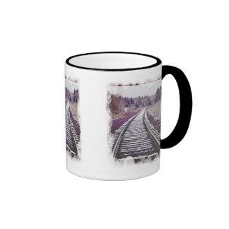 Nieve en las pistas taza de café