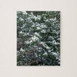 Nieve en un árbol de acebo rompecabeza con fotos
