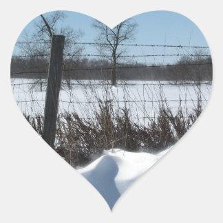 Nieve majestuosa pegatina en forma de corazón