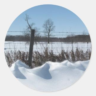 Nieve majestuosa pegatina redonda