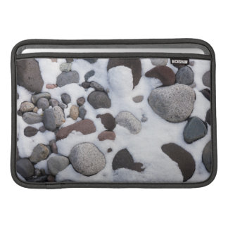 Nieve y rocas, parque nacional del Monte Rainier 2 Fundas Macbook Air