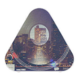 Night city ON the record player Speaker