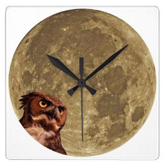Night Owl Wall Clock (square)