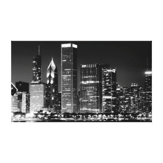 Night view of Chicago's famous cityscape Canvas Print