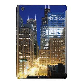 Night view of cityscape of Chicago iPad Mini Retina Case