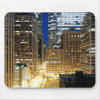 Night view of cityscape of Chicago Mouse Pad