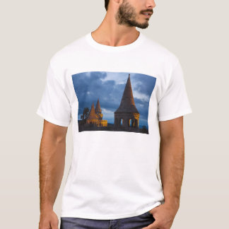 Night view of Fisherman's Bastion, Castle Hil T-Shirt
