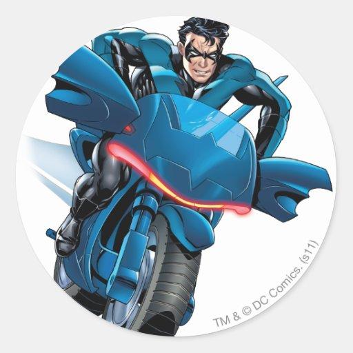 Nightwing monta la bici pegatina redonda