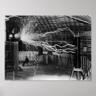 Nikola Tesla - pernos de la electricidad Póster
