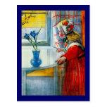 Niña con el iris azul postal