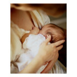 Niña de amamantamiento de la madre (1-3 meses) impresiones