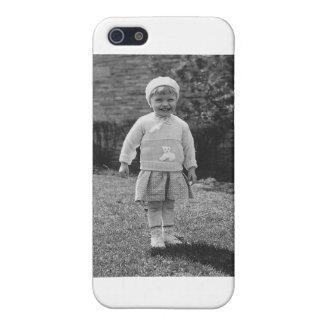 niña de los años 40 vestida para arriba iPhone 5 carcasas