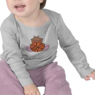 Niña del baloncesto de Lil - étnica Camisetas
