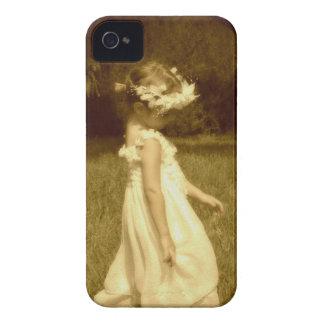 niña en el jardín romantico vintage Case-Mate iPhone 4 funda