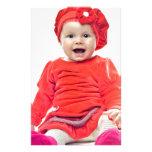 Niña en vestido rojo papeleria personalizada